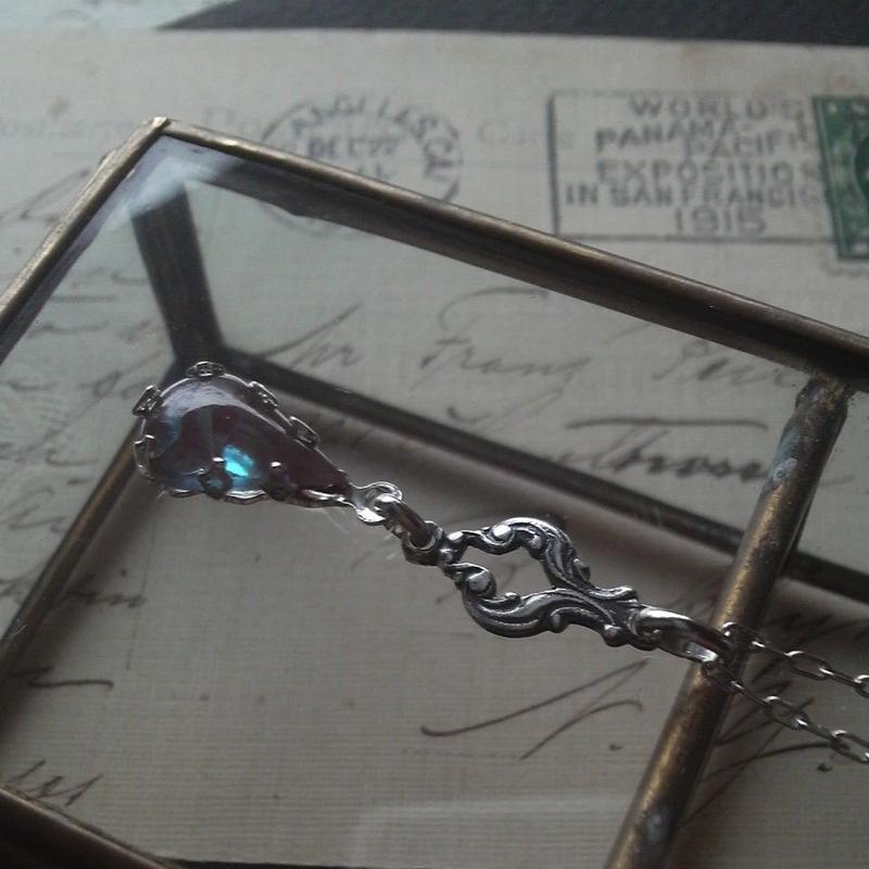 サフィレット(13×8ミリ)Antiqueシルバーnouveau ネックレス