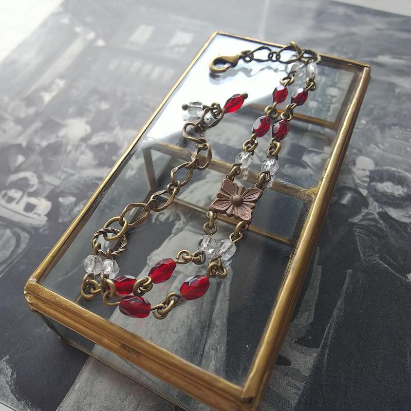 Antique  FranceガーネットBeads/Flowerブレスレット