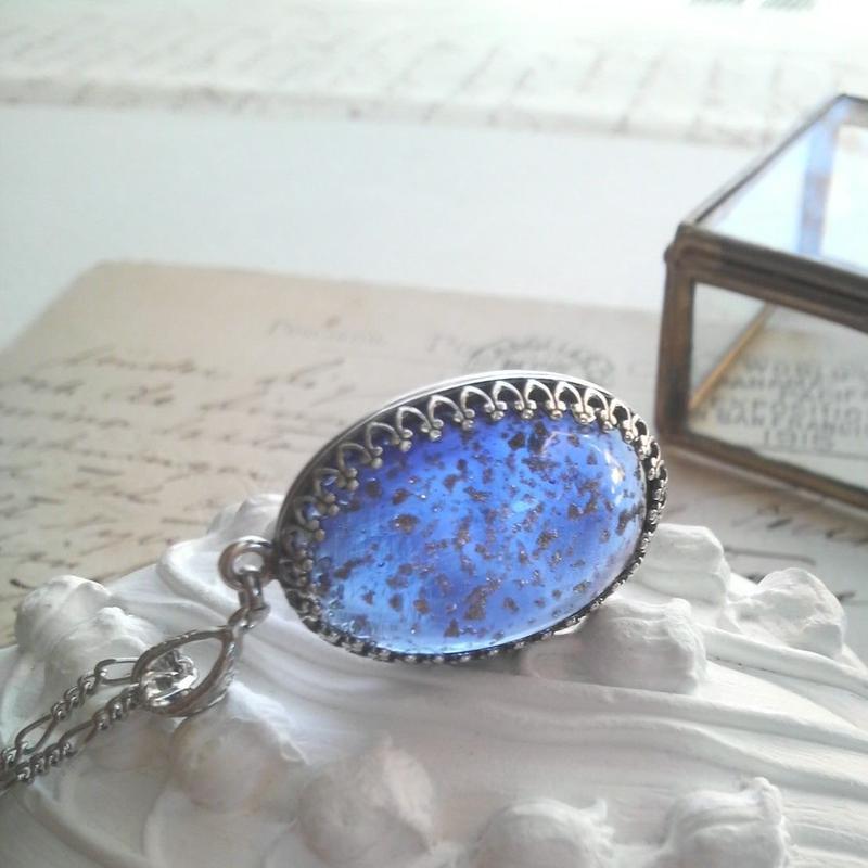ヴィンテージ 星空のようなSapphire-Blue(25×18ミリ)ネックレス