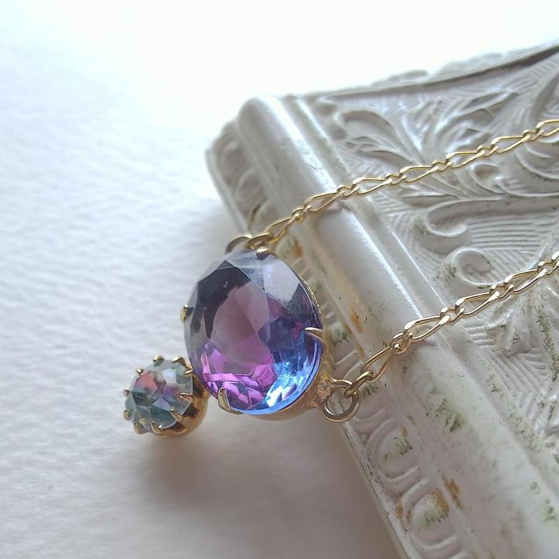 ヴィンテージ Blue-Purple(18ミリ)/  Iris(7.5ミリ) ネックレス