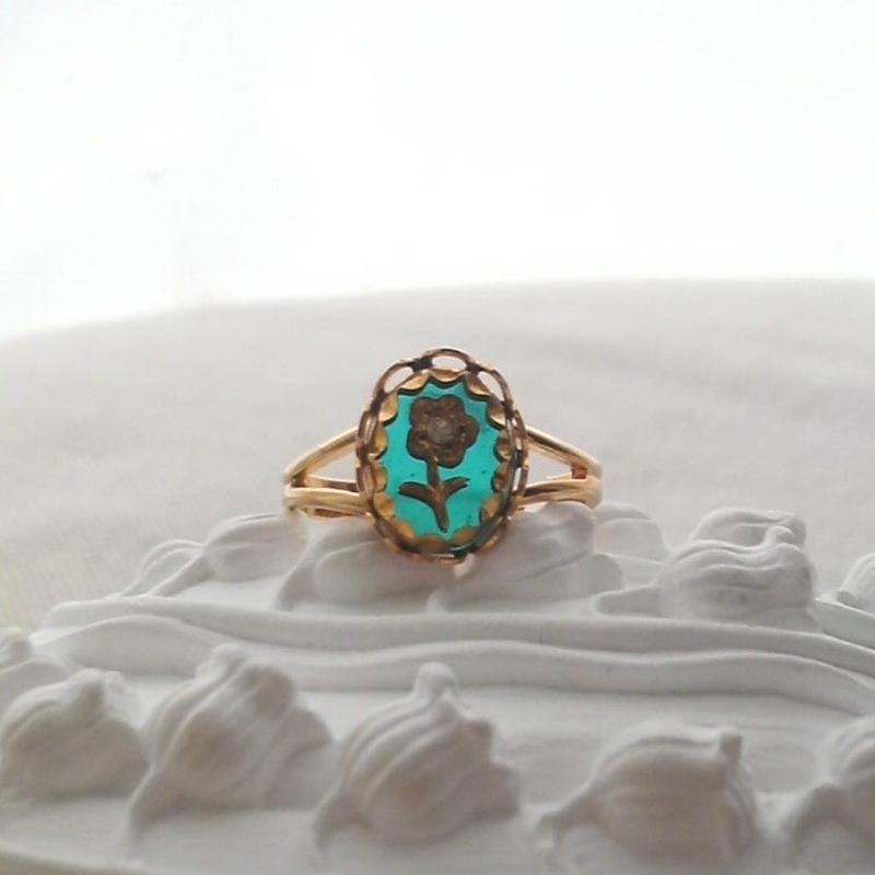 ヴィンテージ アクアマリンflower 指輪