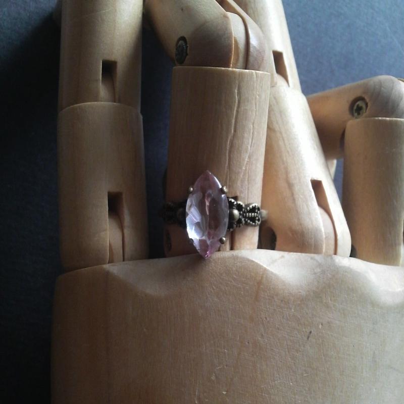 サフィレット レアPurple15×7Navette 金古美指輪(フリーサイズ)