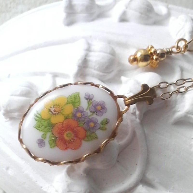 ヴィンテージ 小花のBouquet クラシカルネックレス