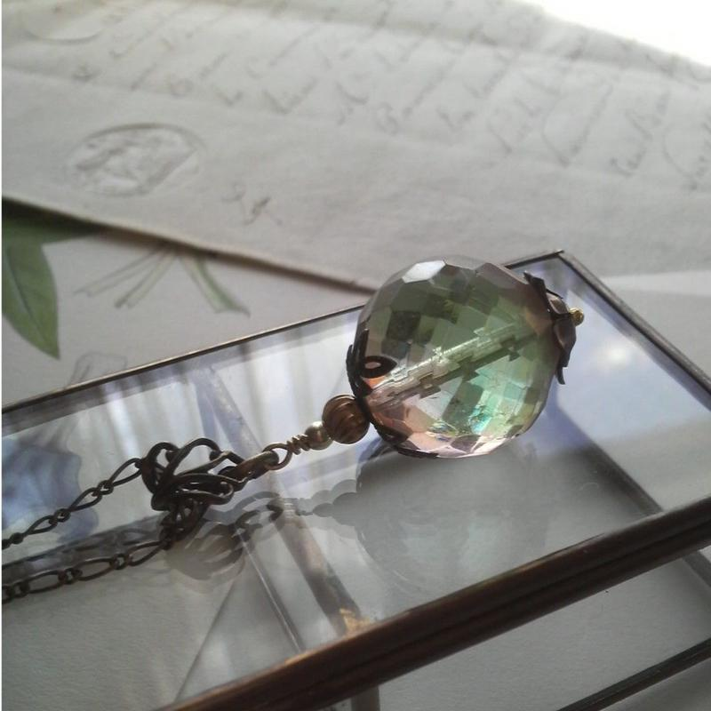 ヴィンテージ Green-Rosaline(20ミリ  Large-Bead ロングネックレス
