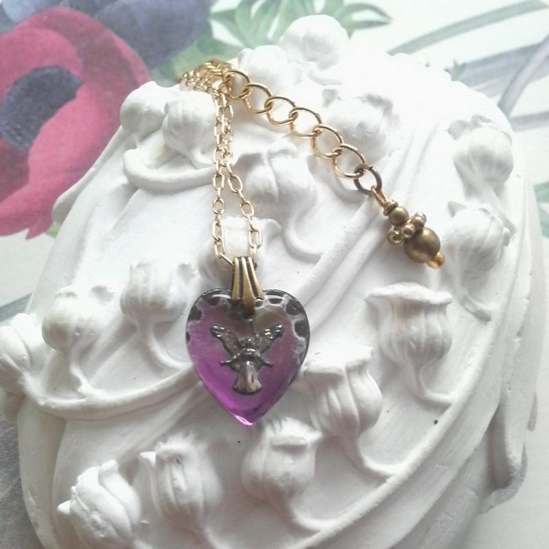 ヴィンテージ Purple・Pink-yellow Angel/Heart-Shaped ネックレス