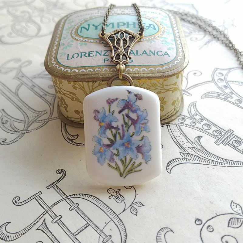 ヴィンテージ Blue-Lily/Porcelain クラシカルネックレス