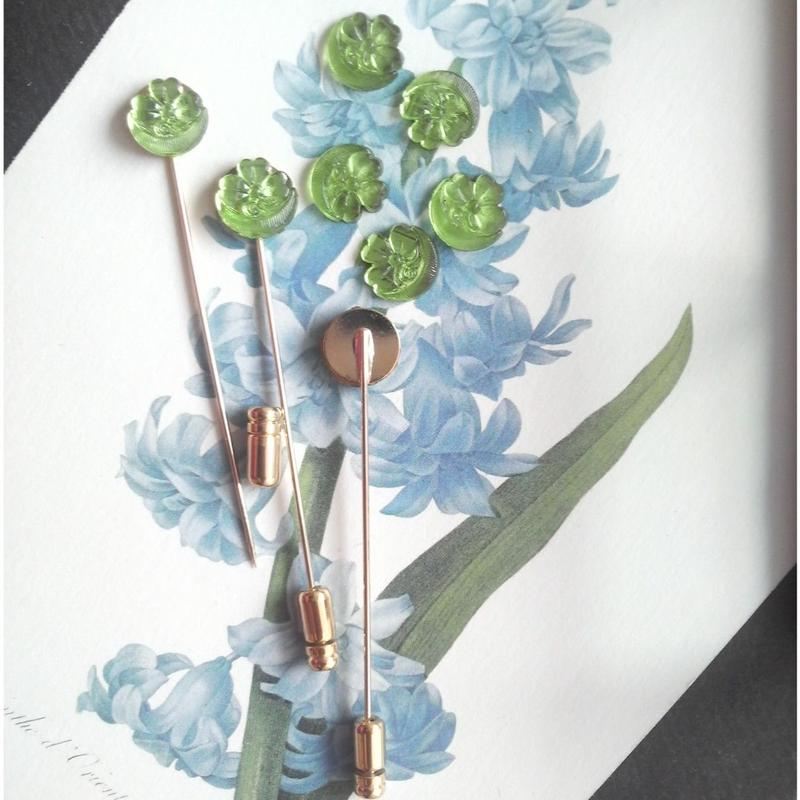 ヴィンテージ ペリドット四つ葉のクローバー&月 ピンブローチ