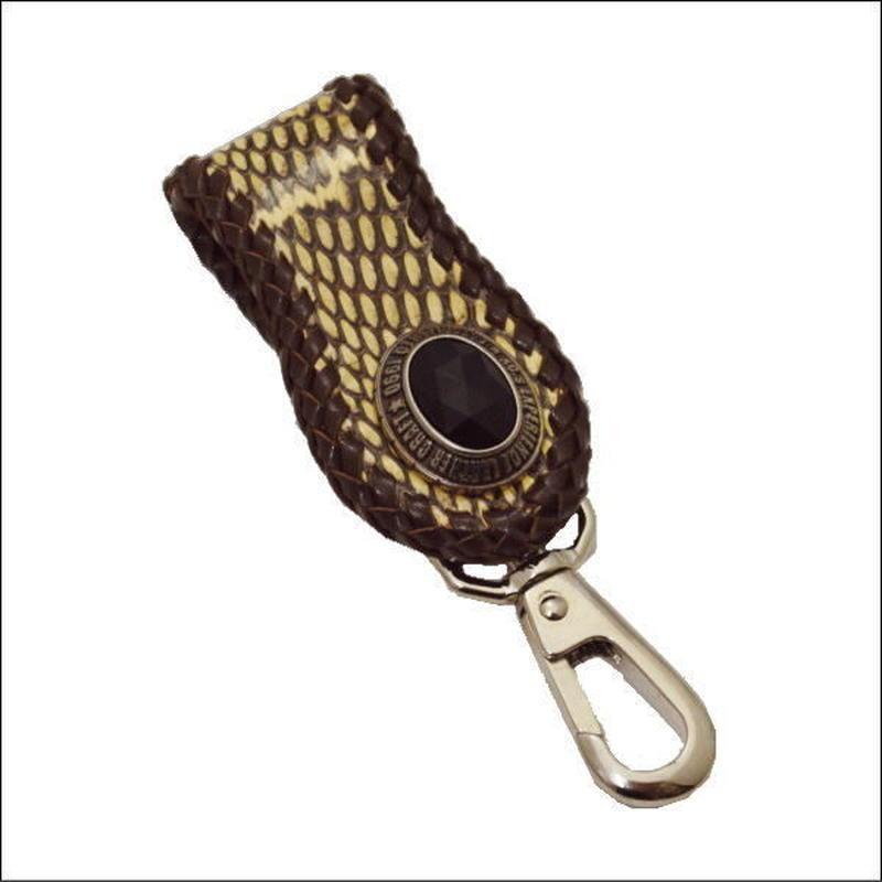 コブラ革 キーホルダー 革 ベルトループ メンズ コブラ革 日本製 ハンドメイド 10006511