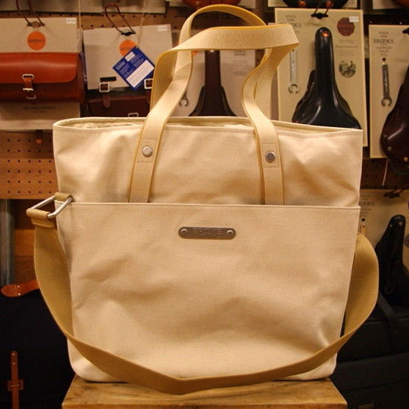 BROOKS / MERCERTOTE WHITE