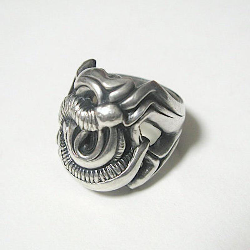 MEGASCOLIDES(メガスコリデス)/RING