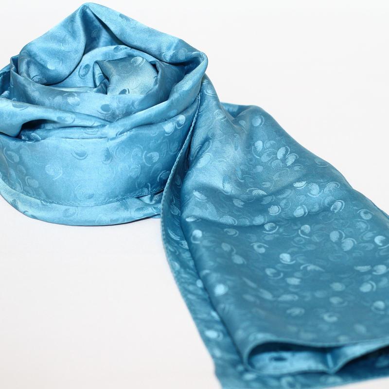 藍の宝石 藍の生葉染めシルクストール大判
