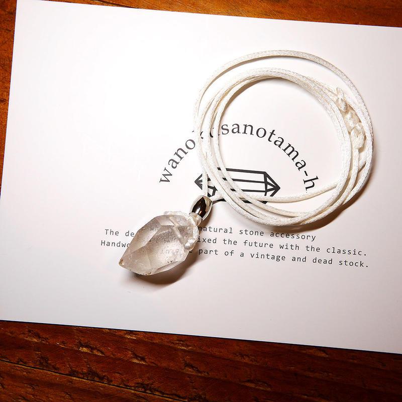 ガネーシュヒマール産ヒマラヤ水晶 真鍮パーツネックレス SHA
