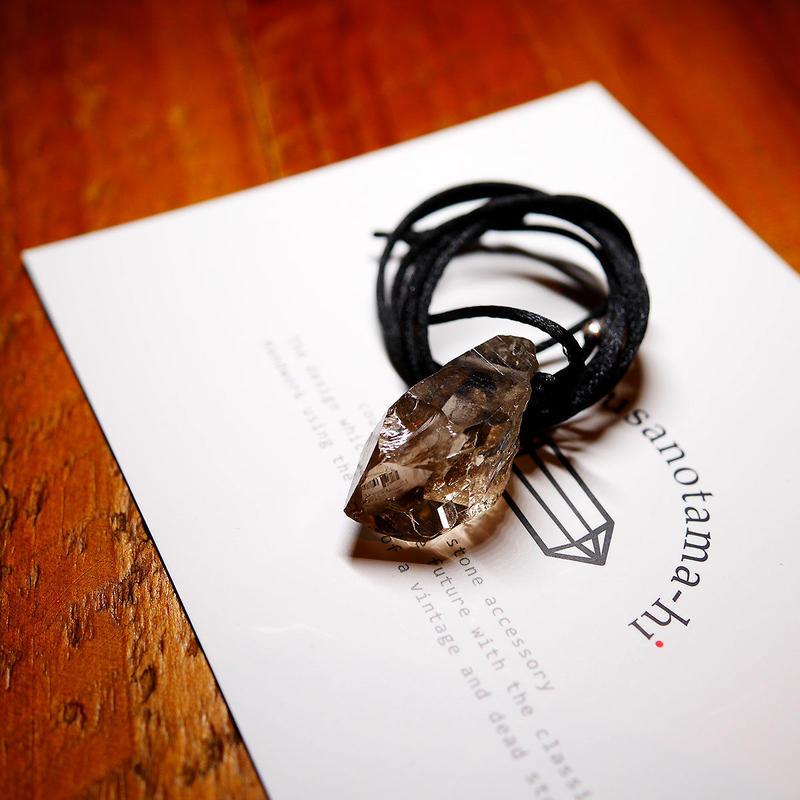 ガウリシャンカール産ヒマラヤ水晶(ライトスモーキー・クリア)サテンコードネックレス G
