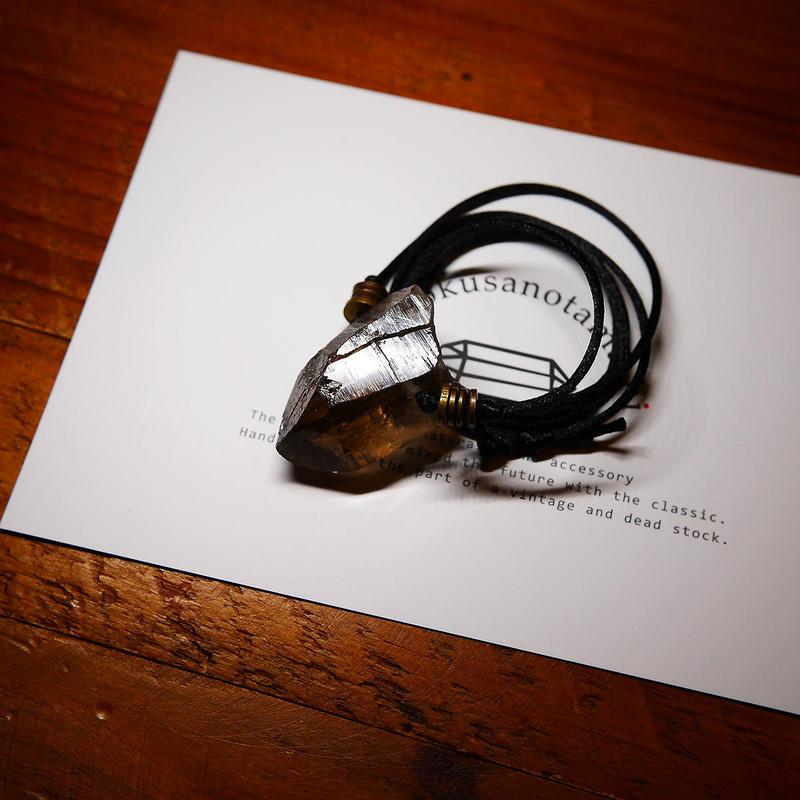 ガウリシャンカール産ヒマラヤ水晶(スモーキー)真鍮パーツネックレス C