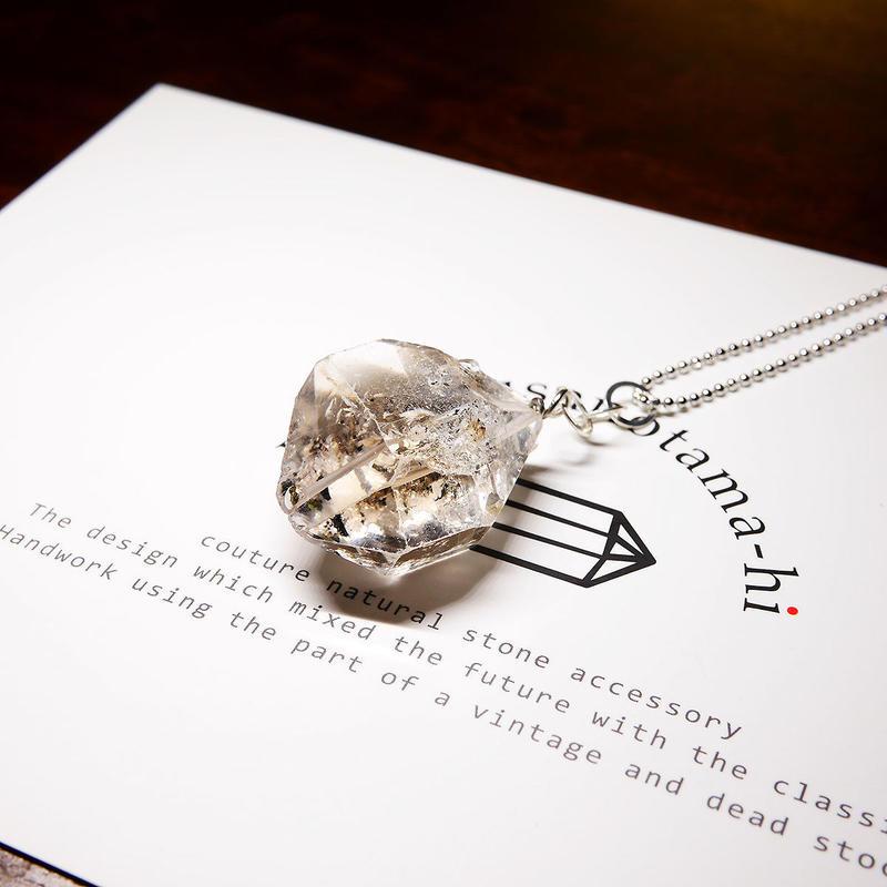 パキスタン産ヒマラヤ水晶クリスタル(ライトスモーキー)  ネックレス シルバー