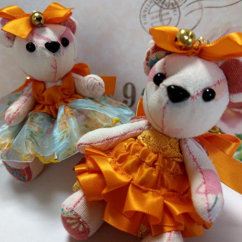 くまキーホルダー,オレンジドレス