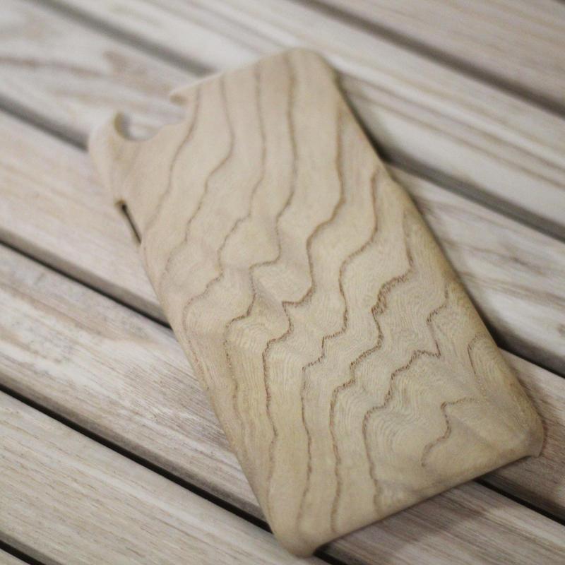 iPhone6木製ウッドケース