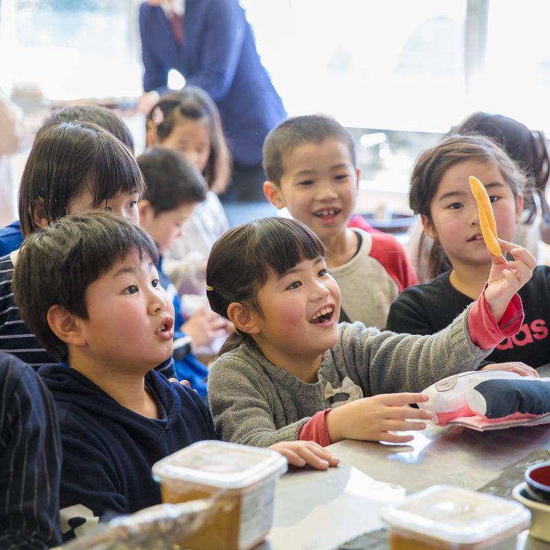 和食料理人六雁秋山能久氏による おとうさん和食料理教室