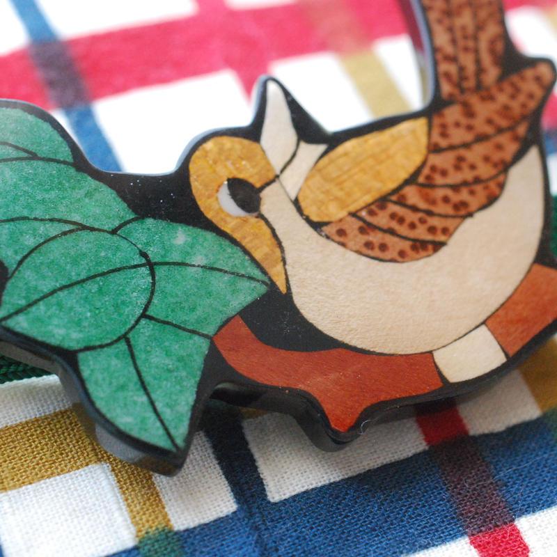 木工風の鳥の帯留