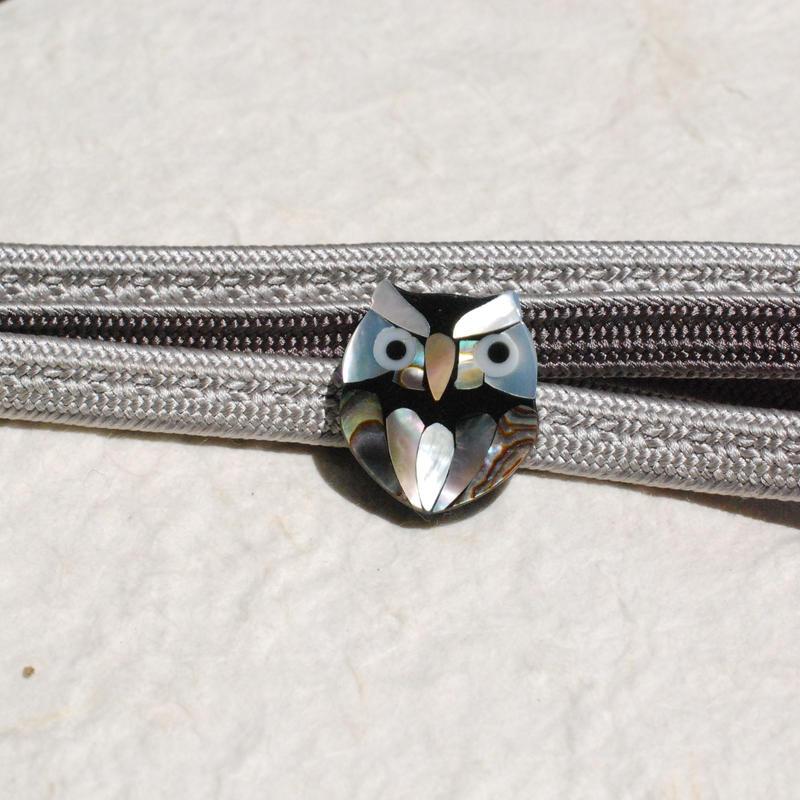 螺鈿ふくろうの帯留