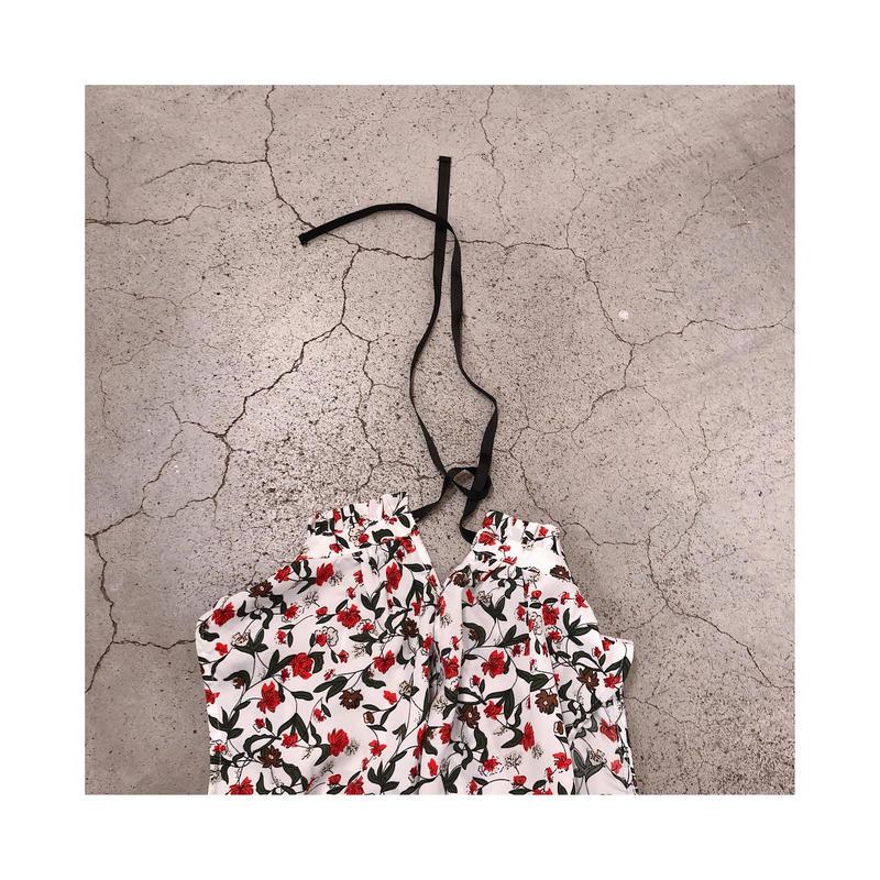 バックリボン花柄ブラウス