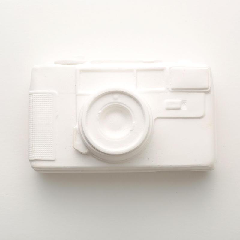 Plaster box / Camera