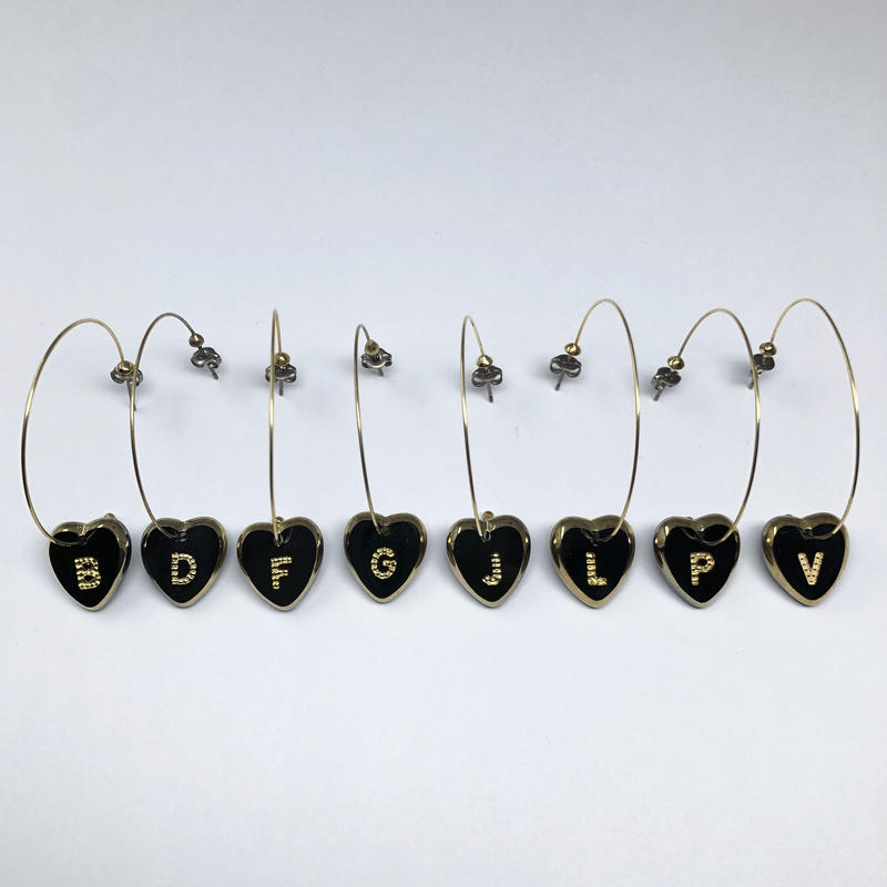 《18 SPECIAL》#003 60's W.Germany Initial charm PC (heart)