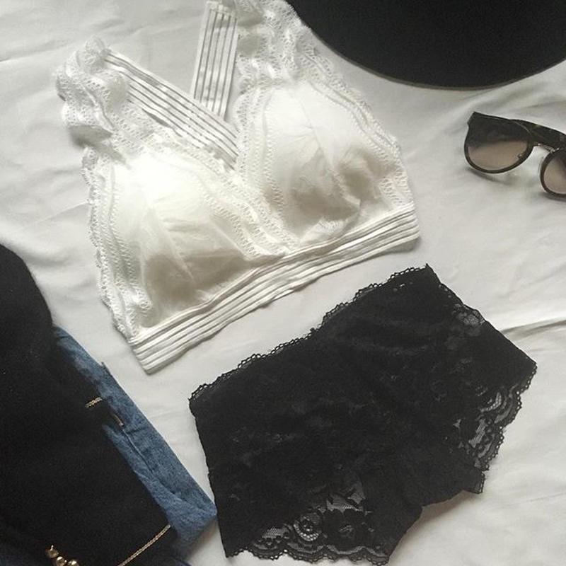 パッド付white × black