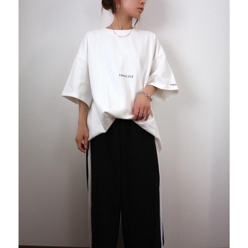 レタリングBIG Tシャツ【WHITE】