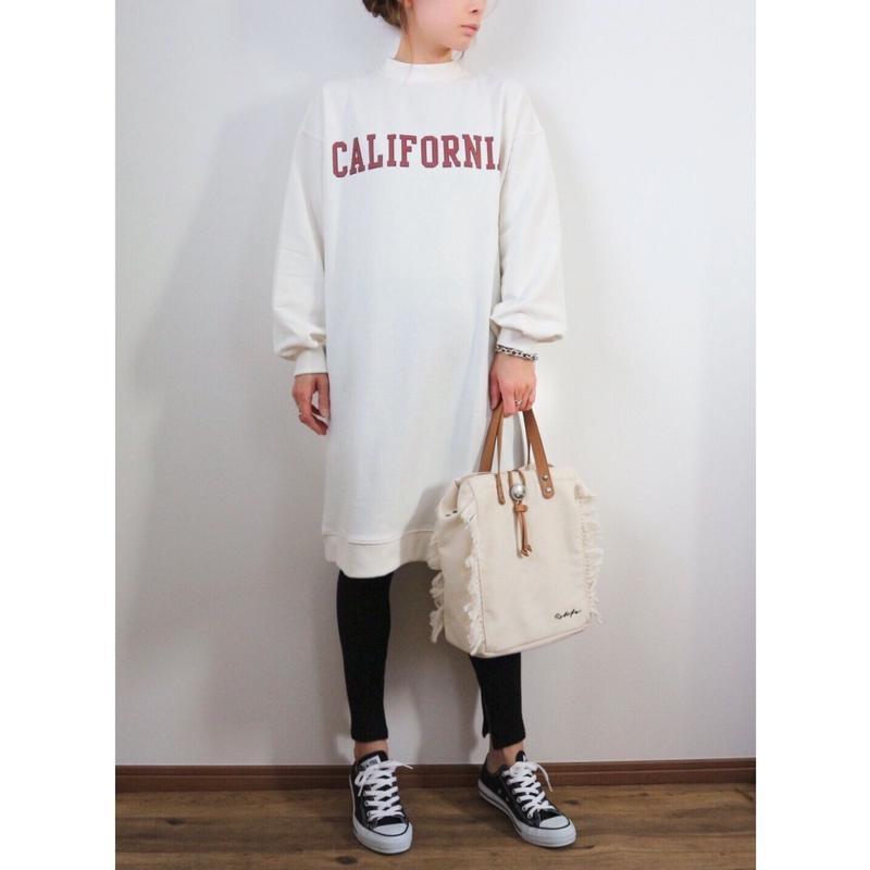 Californiaロゴスウェットワンピース【WHITE】
