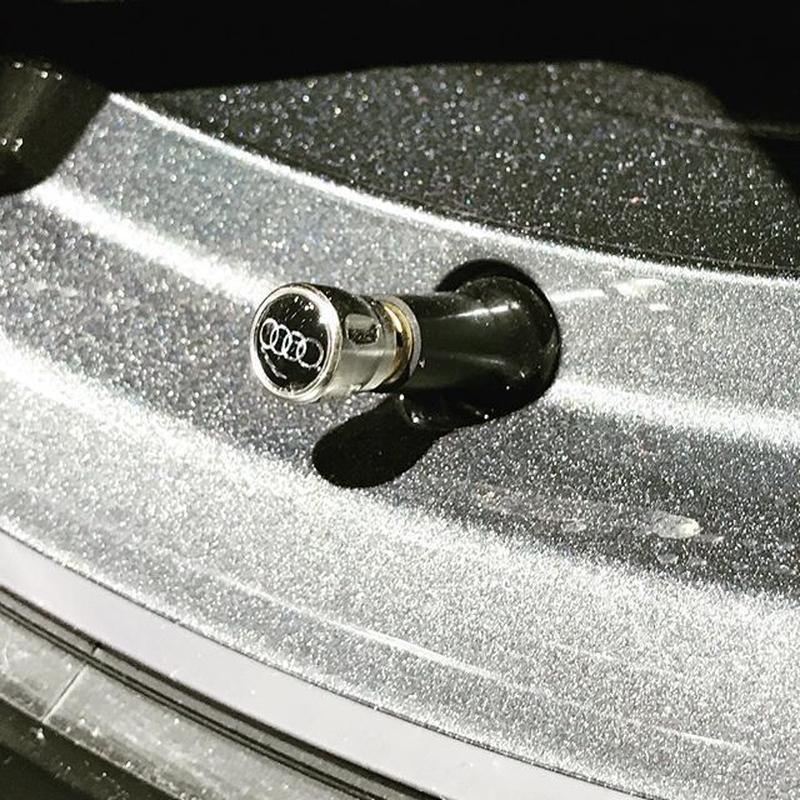 Audi 純正 エアバルブキャップ(ゴムバルブ用)