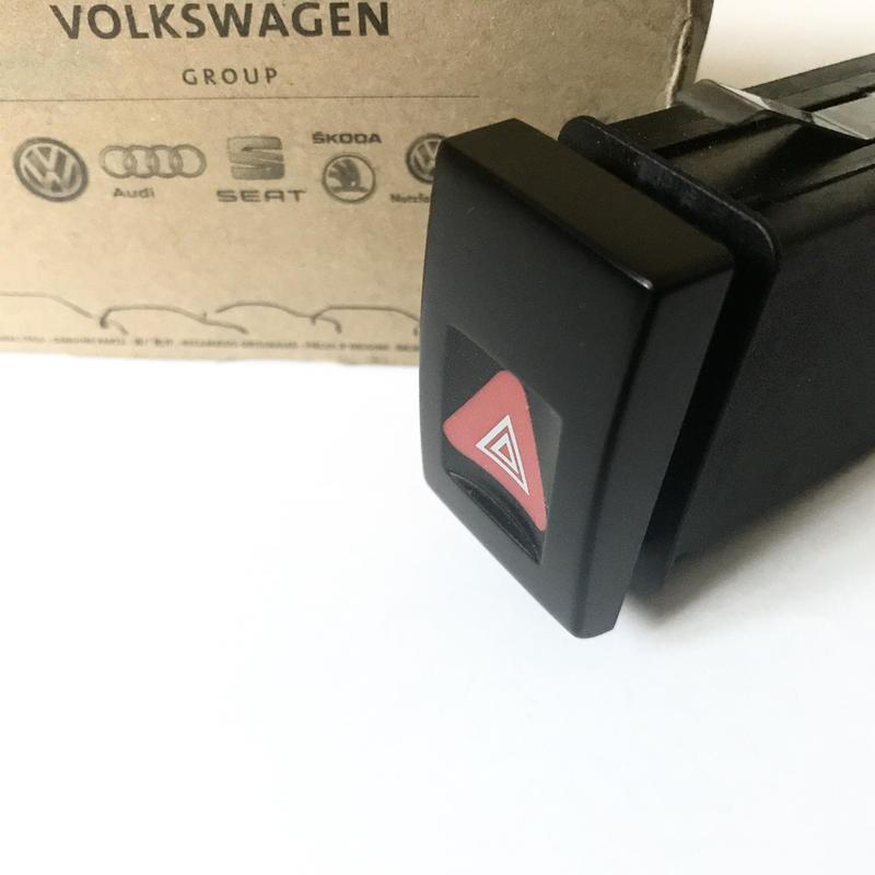 VW 純正 ニュービートル ハザードスイッチ  1C0953235B