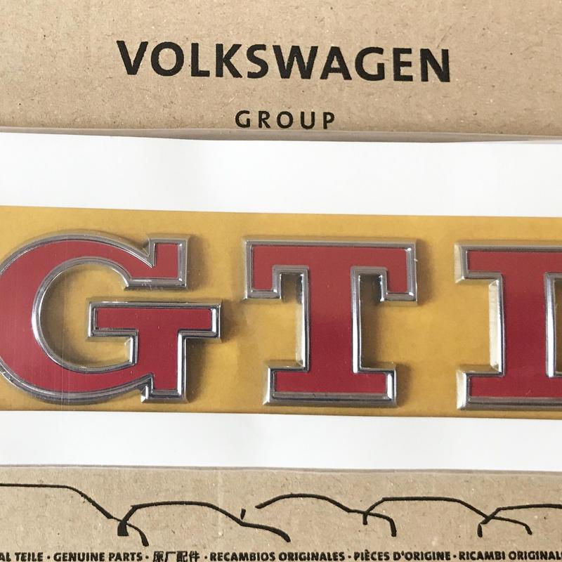 VW  純正  Golf 7 GTI Performance リア エンブレム (レッド)