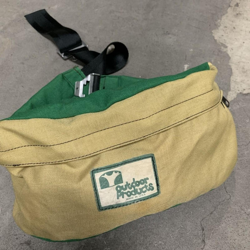 80's OUTDOOR PRODUCTS fanny bag