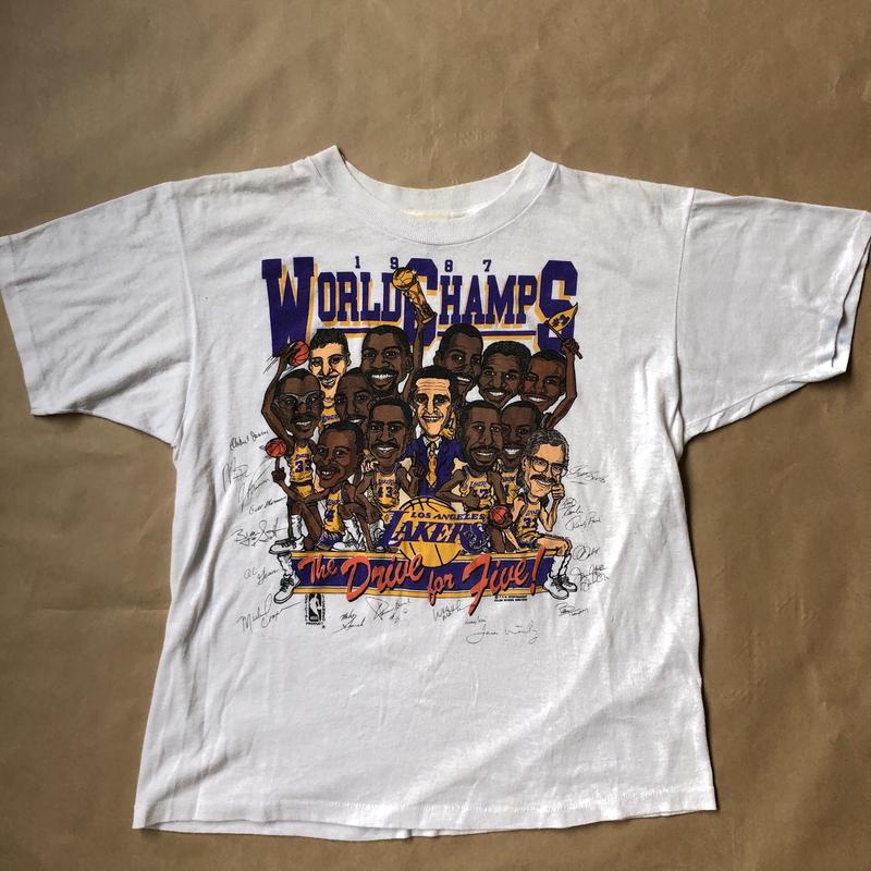 Lakers  world champions t shirt