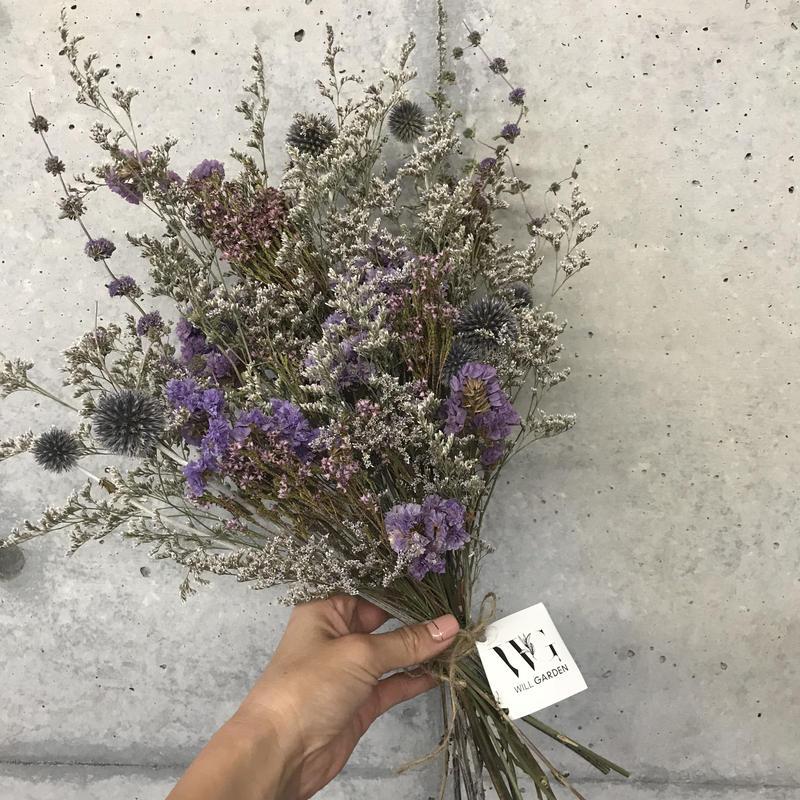 小花のドライブーケ