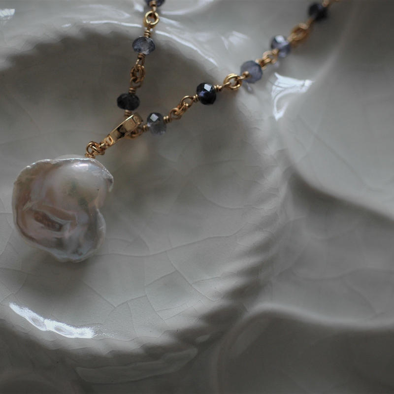 Baroque Pearl Necklace【IOLITE chain 】
