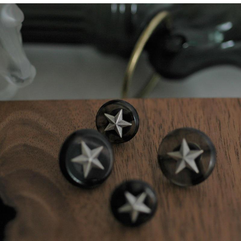 STAR  pin  (large)