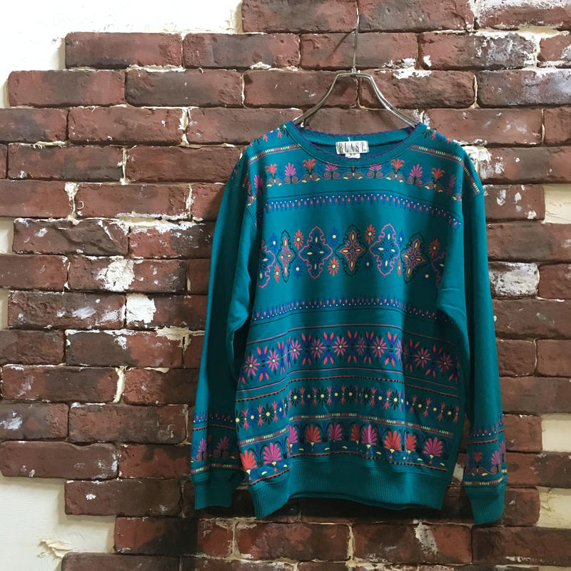 LADIES NATIVE SWEAT