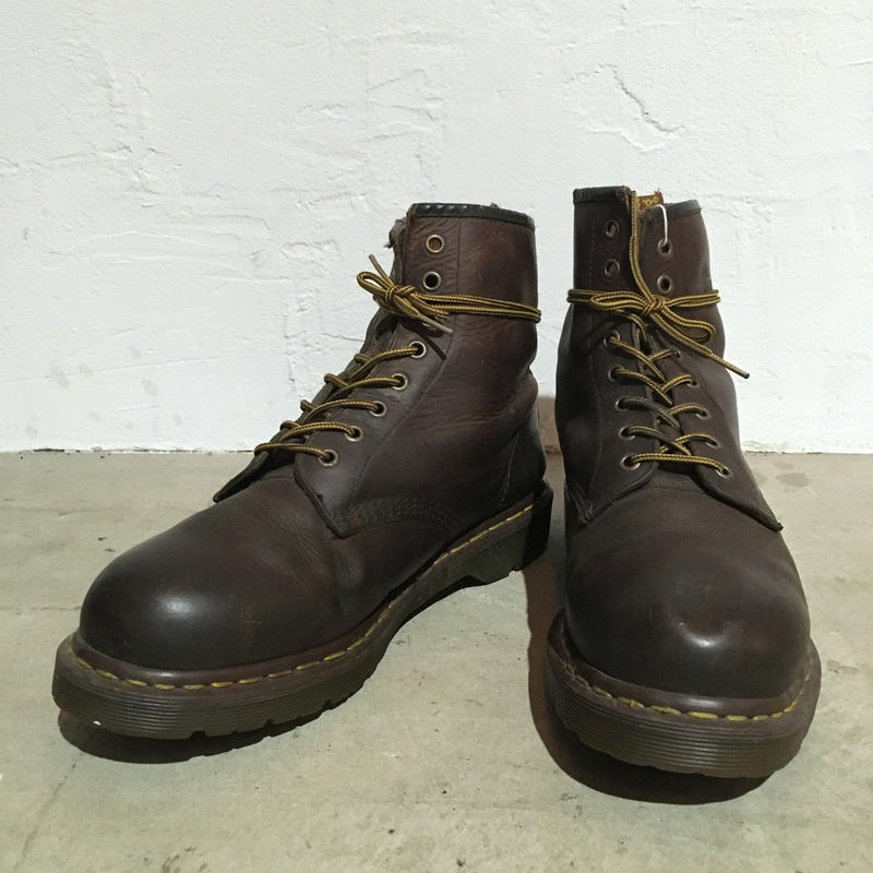 Dr.Martens 8 HOLE BOOTS 英国製