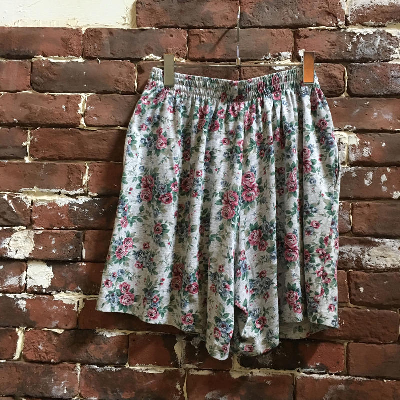 VINTAGE LADIES EASY SHORTS