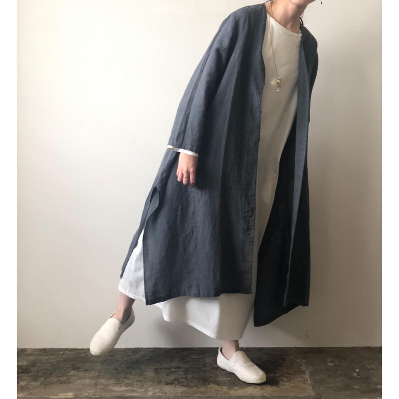 evam eva  / side drape robe