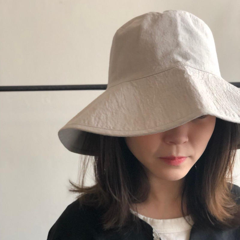 evam eva/Cotton linen hat