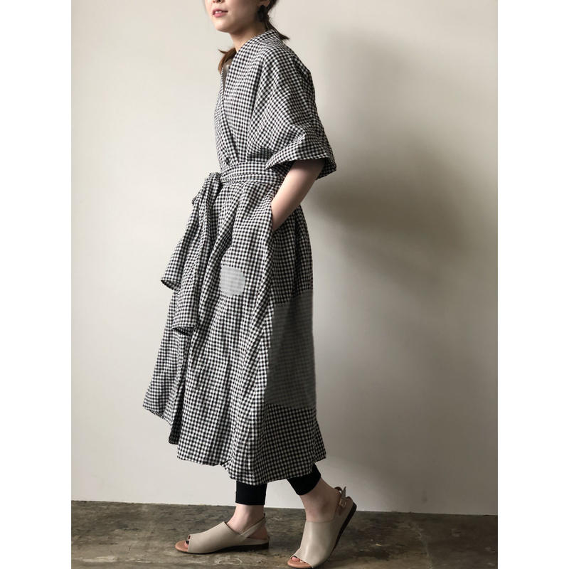 R&D.M.CO  / ROUGH FACE METAL ROBE