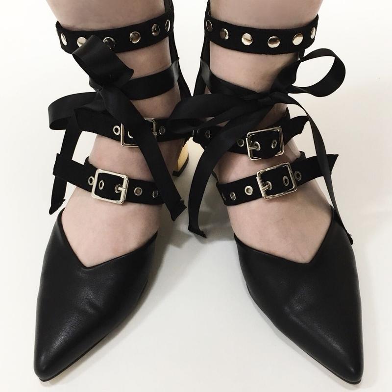 Ribbon Belt Flat Shoes