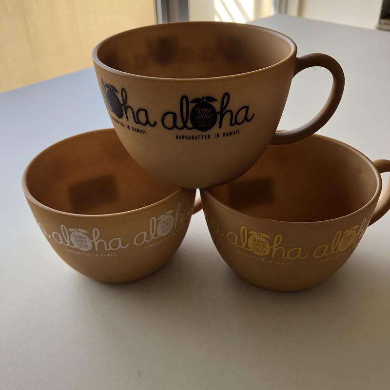 ワウワウハワイアンレモネード マグカップ