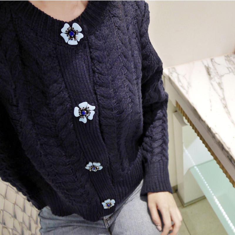 flower knit cardi / navy