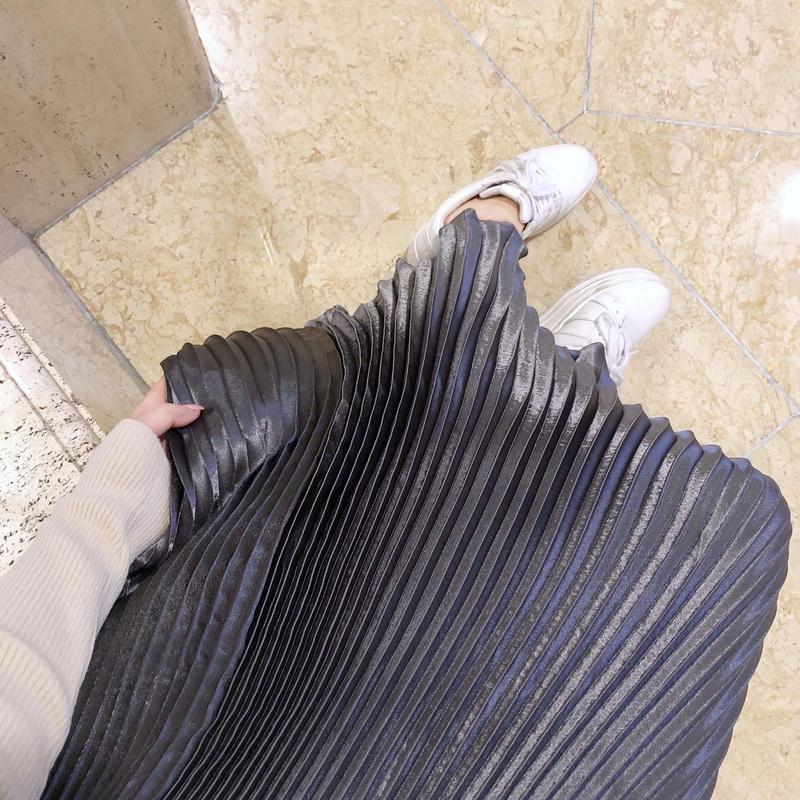 glossy pleats SK / silver