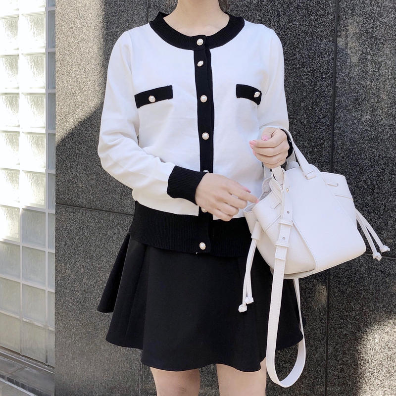 mono pearl cardi / white