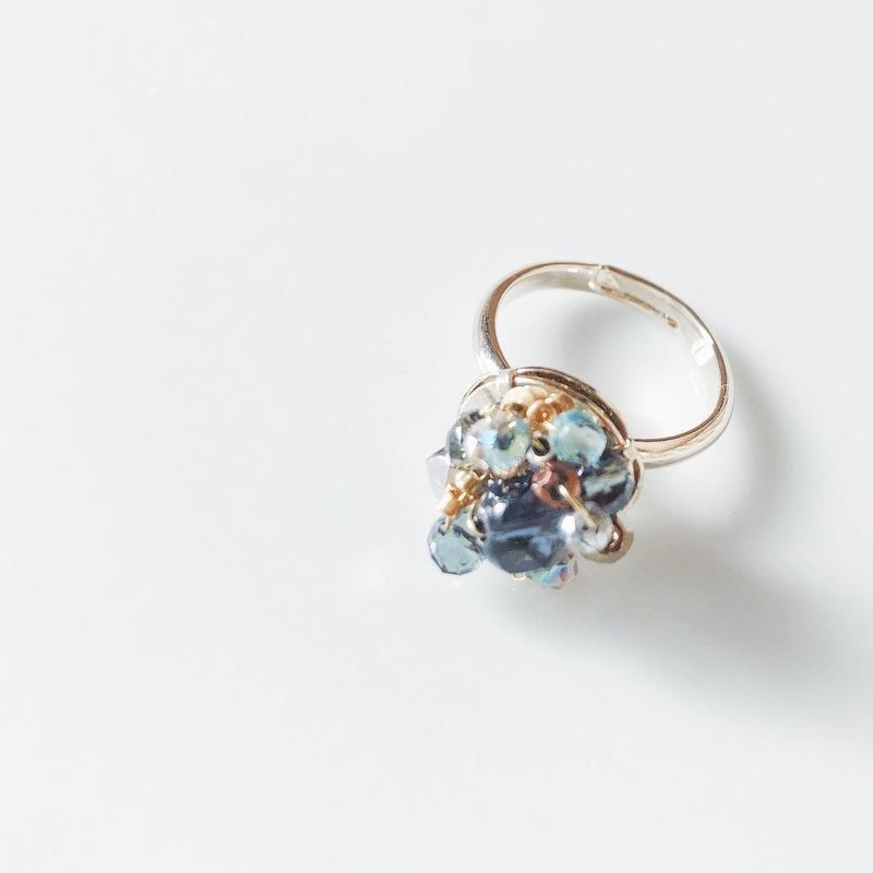 Beas bijou ring. blue